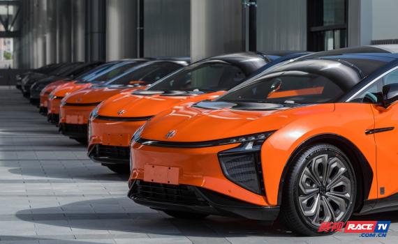 高合汽车HiPhi X按既定计划正式开启批量交付用户